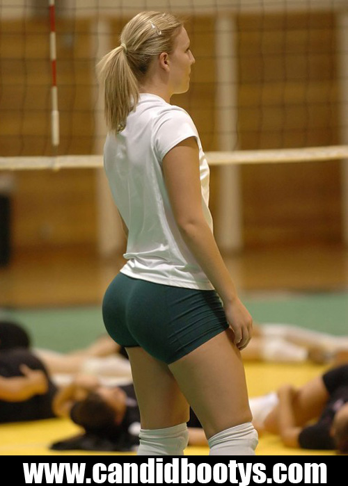 bubble-butt-and-dimples-volleyball