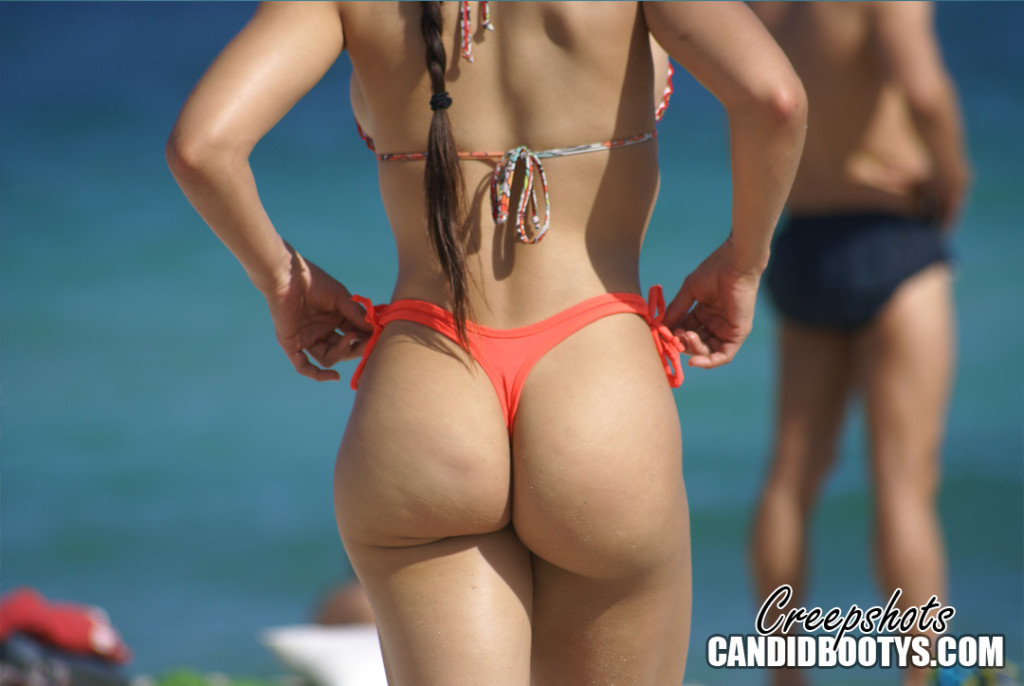 South Beach Booty Boobs Latina